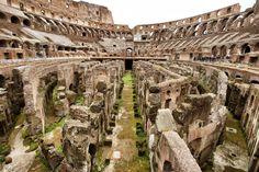 Coliseu por dentro - Roma, Itália