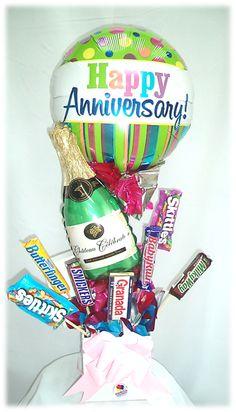#Arreglos de #Aniversario con #Chocolates!! www.globocentro.com.gt