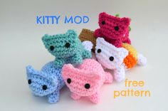 Kitty Mod Cat Amigurumi Pattern ~ free pattern
