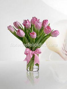 Arreglos florales con tulipanes - Envio de flores en Mexico DF - Flores para el 10 de mayo dia de las madres