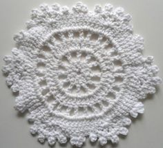 White Snowflake Dishcloth designed by Helen Gainsford.  This is an entry into Maggie Weldon's 365 Dishcloth Contest.