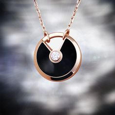 Amulette de Cartier: a unique collection of lucky pieces symbolizing a myriad of wishes. Luxury Jewelry, Gold Jewelry, Jewelry Box, Dior, Fashion Accessories, Fashion Jewelry, Art Deco, Gucci, Diamond Pendant