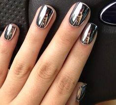 Reflr Nails Chrome Silver Mirror Effect Nail Polish Metallic