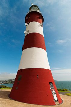 Smeaton's Tower, Plymouth UK by Robb Williams Beautiful Places To Visit, Places To See, Amazing Places, Plymouth, Inclusive Holidays, The Beautiful South, South Devon, Devon And Cornwall, Beacon Of Light