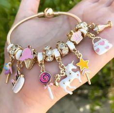 Enchanting Fashion Jewelry Ideas Ideas Jolting Tips: Wire Jewelry Flower jewellery design.Bridal Jewelry V Neck jewelry logo outfit. Jewelry Logo, Cute Jewelry, Jewelry Accessories, Jewelry Design, Bridal Jewelry, Jewelry Ideas, Jewelry Quotes, Craft Jewelry, Dainty Jewelry