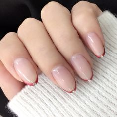 Modern Nail Art Designs that Are Too Cute to Resist Minimalist Nails, Pretty Nail Colors, Pretty Nails, Love Nails, How To Do Nails, Nail Manicure, Nail Polish, Modern Nails, Round Nails