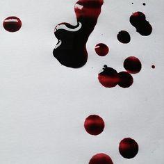 """There was blood left on her handkerchief; She silently showed the blood to Raskolnikov"" Red Aesthetic, Character Aesthetic, Vampires, Maleficarum, Nagisa Shiota, Ken Tokyo Ghoul, Mileena, Bonnie Parker, Syaoran"