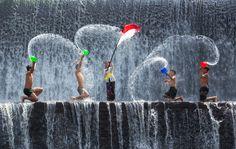 """⚡️ """"LOS MOMENTOS FAVORITOS DE @HACERFOTOS (27/5/2017)"""" https://twitter.com/i/moments/868137571100086273  Sólo los niños se divierten así, #fotografia Sergei Lukankin"""