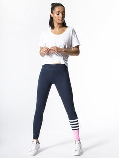 Thes leggings are too cute! Yoga Pants with Colorblock by SUNDRY in Navy #af
