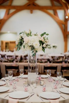 Pink goodies for every guest! | Sacred Oaks | Whim Floral | Whim Rentals | Captivating Weddings