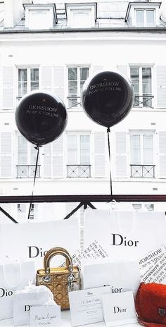 Luxe Life, Shopping Spree, Dior, Minimalist, Colours, Paris, Accessories, Instagram, Ideas