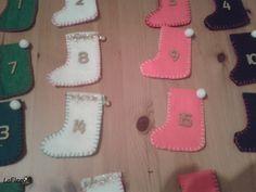 Création de petites Bottes en feutrine décoré et cousu Main!