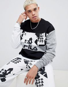 Browse online for the newest Fila x Liam Hodges Print Panel Sweatshirt In Black styles. Shop easier with ASOS' multiple payments and return options (Ts&Cs apply). Fila Outfit, Fila Vintage, Asos, Latest Mens Fashion, Sport Fashion, Men's Fashion, Street Wear, Bomber Jacket, Style Inspiration