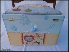 "Caixa de costura mega-large ""Love to sew, love to knit"""