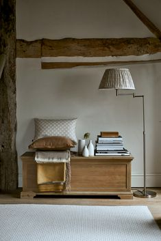 Blanket Storage, Blanket Box, Home Living Room, Living Room Designs, Arts And Crafts Interiors, Modern Country, Country Living, Solid Oak, Storage Spaces