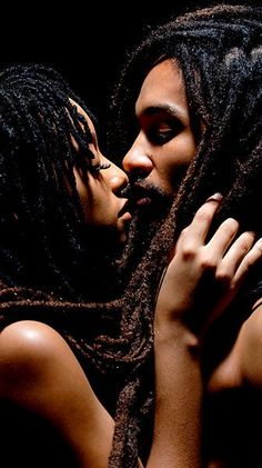 Black Love..such a beautiful sight..we need to see more of this!!