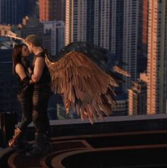 **Don't know if this is a movie;** Just finished watching Jupiter Ascending.last few minutes were the best.what girl wouldn't want to be hugged by wings and kissed on top of a building? Arte Digital Fantasy, Fantasy Art, Jupiter Acending, Jupiter Film, Story Inspiration, Character Inspiration, Ange Demon, Fantasy Photography, Crescent City