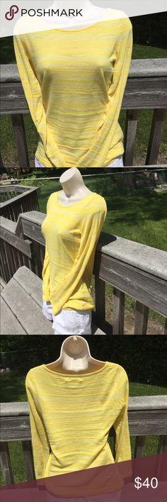 One Dsy Sale 💰💰Banana Republic Top Pretty Yellow. 81% cotton 19% viscoe  Like new condition Banana Republic Tops