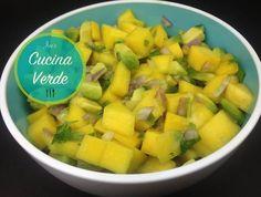 Avocado-Mango Salsa Dip - Rezept von Joes Cucina Verde Mango Avocado Salsa, Dips, Feta Salat, Cantaloupe, Fruit, Food, Stuffed Avocado, Meat, Sauces