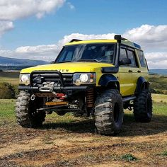 """""""it's not a Defender but.."""" @selimustaoglu Discovery Vía:@mydiscovery2 Follow us --->... Land Rover Discovery 2, Patrol Y61, Land Rover Models, Range Rover Classic, Land Rover Defender 110, Landrover, Expedition Vehicle, My Dream Car, Off Road Adventure"""