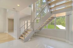 China Custom Floating Stairs & Single Stringer Staircases with Stainless Steel Cable Railing for Residential Photos & Pictures Metal Deck Railing, Steel Railing Design, Patio Railing, Glass Railing, Luxury Staircase, Curved Staircase, Modern Staircase, Staircase Design, Staircase Ideas