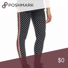 """Printed Leggings Paisley Black Size Small Comfortable elastic band for a personalized fit. You can make a bold fashion statement.   Knit fabric, polyester, spandex  Inseam 28"""" Pink Rose Pants Leggings"""