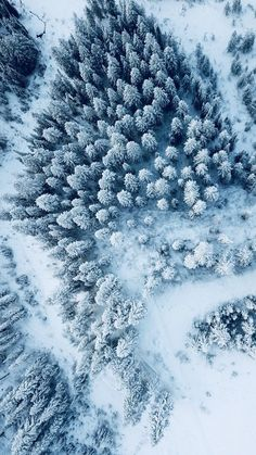 The best Lightroom presets for aerial photography with drones like the DJI Mavic Pro/Air, DJI Spark or the popular DJI Phantom. The presets can be used for a wide variety of landscape types and are suitable for all seasons of the year. Aerial Photography, Nature Photography, Photography Tips, Portrait Photography, Scenic Photography, Night Photography, Amazing Photography, Drones, Dji Drone