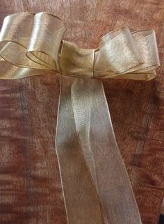 How to tie a bow - How to make a triple floral bow - save on crafts Wired Ribbon, Ribbon Bows, Ribbons, How To Make A Ribbon Bow, Christmas Ribbon, Christmas Treats, Christmas Decor, Xmas, Save On Crafts