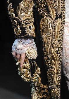 DIVINE!  Detail from the Dolce & Gabbana Fall Winter 2012-13 collection