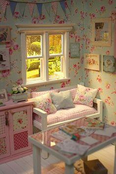 CRAFTS AND ROSES Diorama ♥   Flickr - Photo Sharing! #shabbychicbedroomsmaster