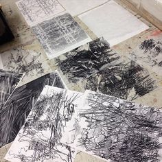 Having fun with mono print markmaking to tear up for collage. Abstract Drawings, Art Drawings, Abstract Art, Texture Drawing, Collagraph, Artist Sketchbook, Building Art, Drawing Projects, Mark Making