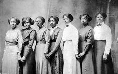 Seven Young Black Women Missouri - 1890s - What wonderful faces