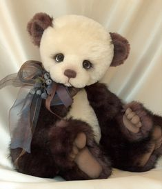 Long Long Ago Collectibles by Teddy Bear Artist Pat Youderin