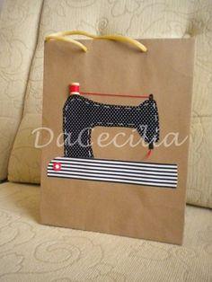 Aplicação de tecido em embalagem de papel craft