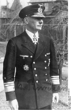 ✠ Theodor Burchardi (14 May 1892 – 12 August 1983) RK 29.09.1944 Vizeadmiral Kom.Adm. Ostland 08.04.1945 [823. EL] Admiral Kom.Adm. östliche Ostsee