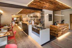 Lindura e il rinnovo della locanda Monte Baldo sulle sponde del Garda    #lindura #flooring #skema #strongest #parquet #italy #project #restaurants