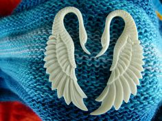 White Swan Stretch Earrings 3mm   Bone 3 by TwoFeatherConnection