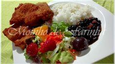 Moinho De Farinha: Panados com arroz & feijão preto