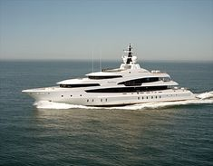 Stay overnight on a Yacht at least 100' long
