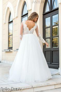 #naliadress #wedding #weddingdress #bride #bridal #fashion #roman #neamt The Bride, Lace Wedding, Wedding Dresses, Bridal Fashion, Roman, Wedding Ideas, Bride Dresses, Bridal Gowns, Weeding Dresses