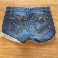 Joe's loose rolled denim shorts with cuff. Joe's Jeans denim shorts. Size 27. Mid rise. Cuffed at hem. Like new. Barely worn. No stains or signs of wear. Joe's Jeans Shorts Jean Shorts