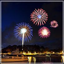 Fireworks at Shelter Cove in Hilton Head, SC... a good time We r going tonight!! Should be fun!!