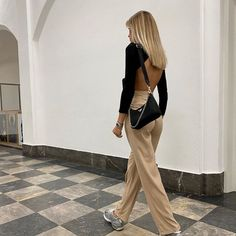 Fashion and Beauty - Moda via - Art and Life Community Urban Outfitters Outfit, Mode Outfits, Casual Outfits, Fashion Outfits, Chic Summer Outfits, Chill Outfits, Beach Outfits, Travel Outfits, Fashion Blogs