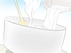 L'olio di cocco ha molteplici proprietà benefiche e può essere usato sia in cucina sia per la cura della pelle e dei capelli. Si crede che l'olio di cocco vergine abbia le migliori qualità, poiché estratto in modo naturale e privo di age...