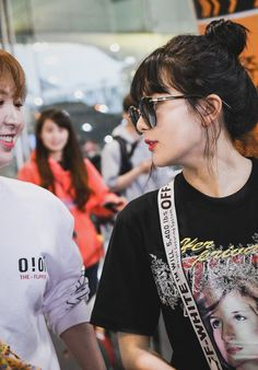 """""""this wenseul got me feel something so hard like what is happening between them here why there is so much tension"""" South Korean Girls, Korean Girl Groups, My Girl, Cool Girl, Wendy Red Velvet, Red Velvet Seulgi, Airport Style, Airport Fashion, Kpop"""