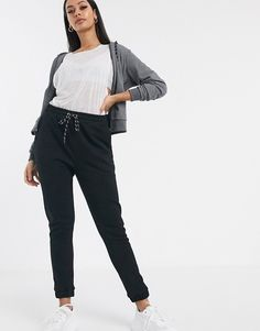 Page 5 - Discover ASOS 4505 at ASOS. Shop our range of ASOS 4505 activewear, sportswear and ski wear. Asos, Curve Leggings, Skinny Joggers, Ski Wear, Fashion Joggers, Seamless Leggings, Skinny Fit, Jeans, Long Sleeve Tops