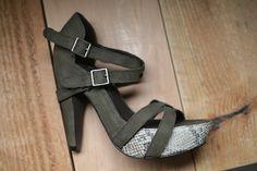 Elizabeth and James two-toned olive animal skin heels // sizes 6.5, 8, 10