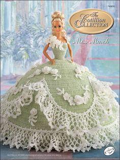 Quem teve uma boneca e fez roupas de crochê para elas, nõ esquece. Eu fiz sapato, bota, saia, casaco..., não se compara a estes vestidos.   ...