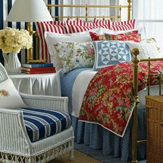 Red and Blue Bedroom. Red and Blue Bedroom. French Country Bedrooms, Country French, American Country, Cross Country, American Flag, Cozy Bedroom, Bedroom Ideas, Master Bedroom, Bedroom Designs