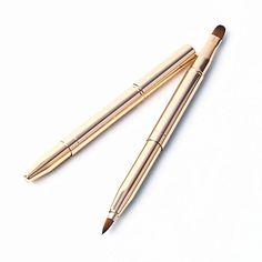 Double-end Makeup Concealer Lip Brush Deluxe Retractable ... https://www.amazon.co.uk/dp/B01LWOD6FC/ref=cm_sw_r_pi_dp_x_f8l9xb3BPG8RM